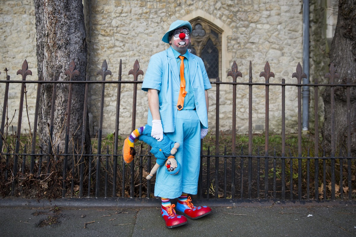 jwt_clown_service_mashable_012