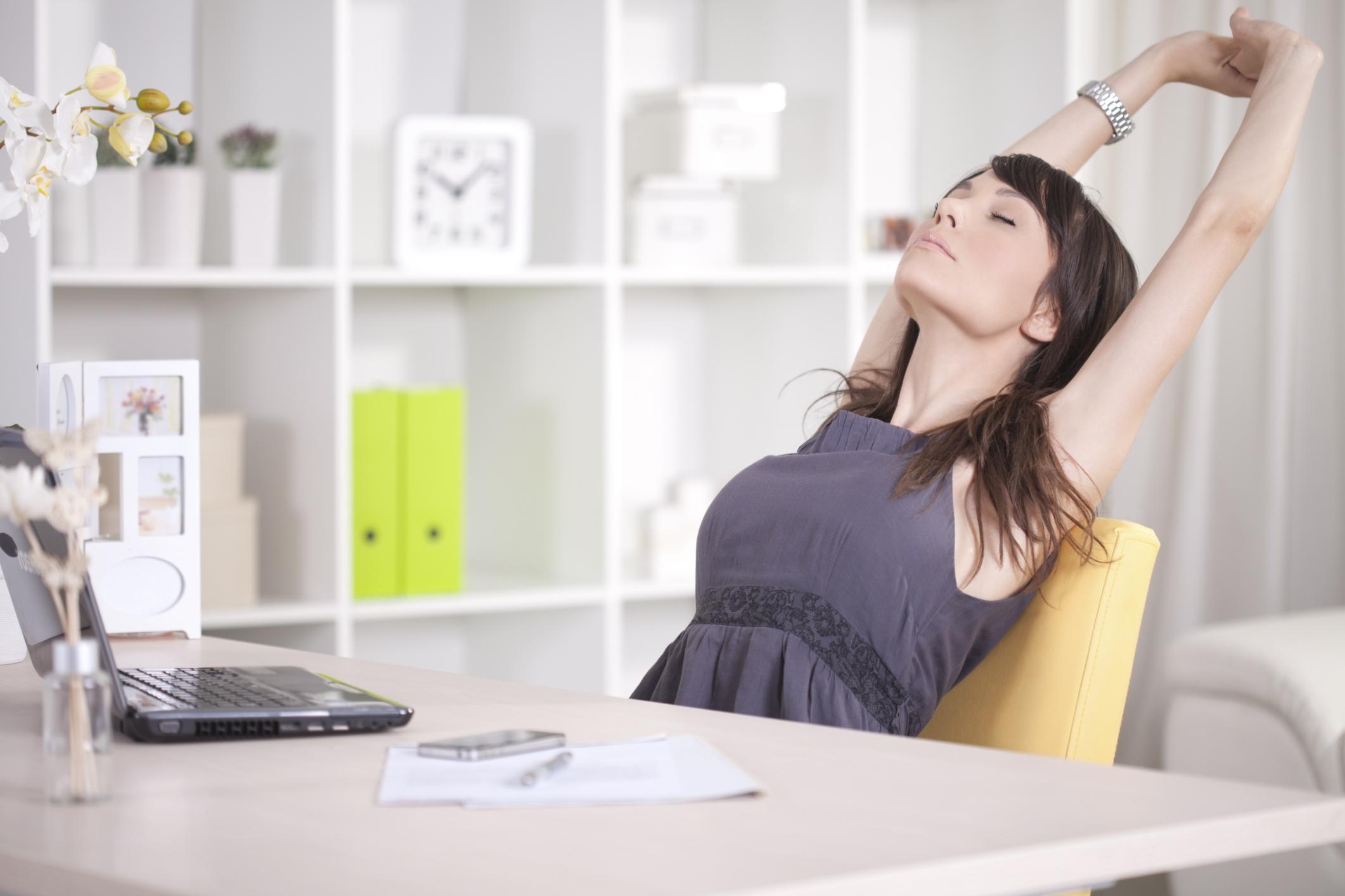 oficina trabajo relajar sentado