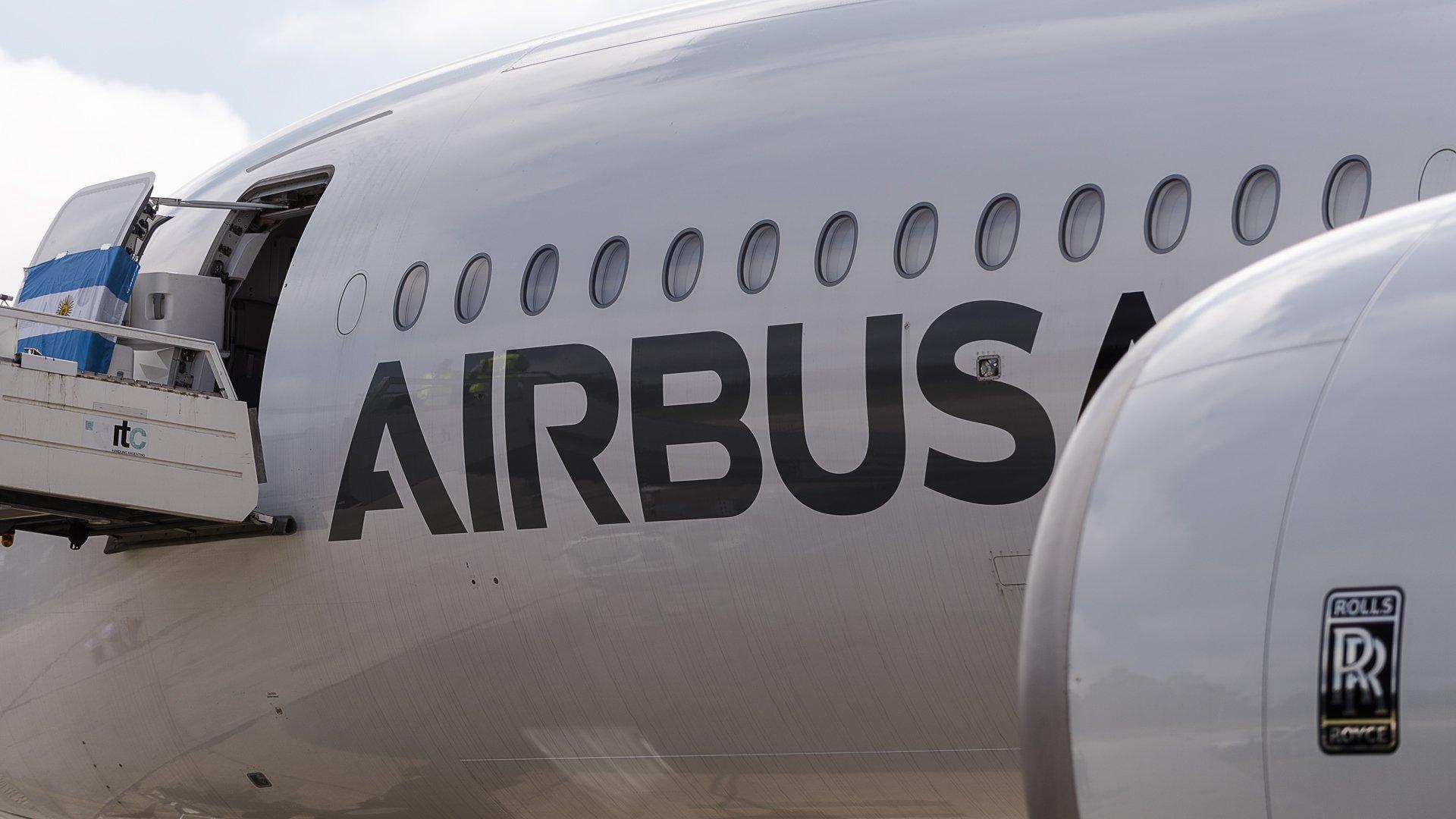Airbus A350 XWB 4