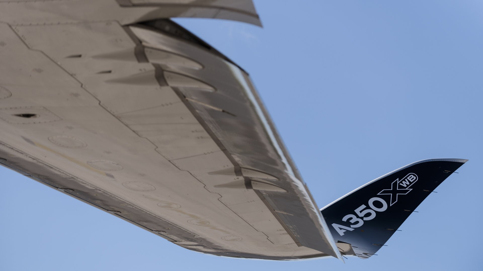 Airbus A350 XWB 6