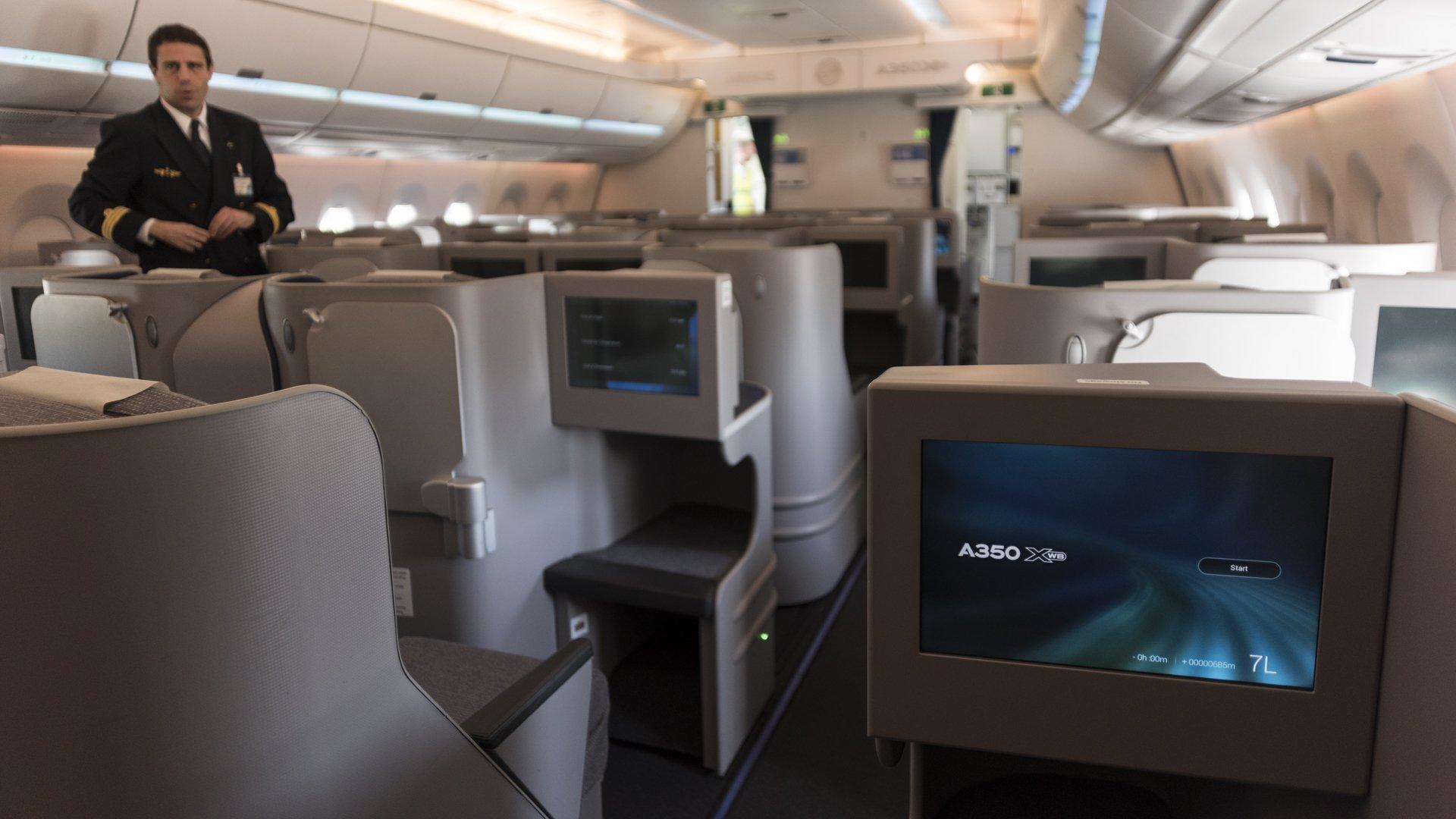 Airbus A350 XWB 7