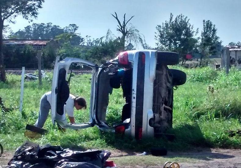 Auto-2-coronda-Juan-Eduardo-Volkart.jpg_973718260
