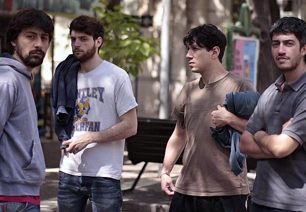 De izq. a der: Topo Topino (guitarra), El Polaco Ocorso (batería), Chicho Guisolfi (bajo) y Tom Quintans (guitarra y voz)