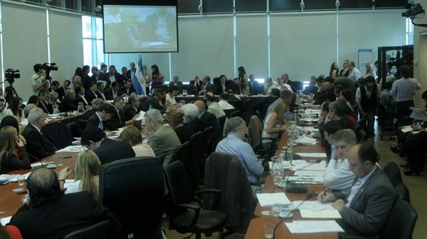 Las Comisiones de Presupuesto y Hacienda y de Finanzas de Diputados se reunió ayer para emitir dictamen sobre el proyecto de ley para acordar con los holdouts.Foto:DyN