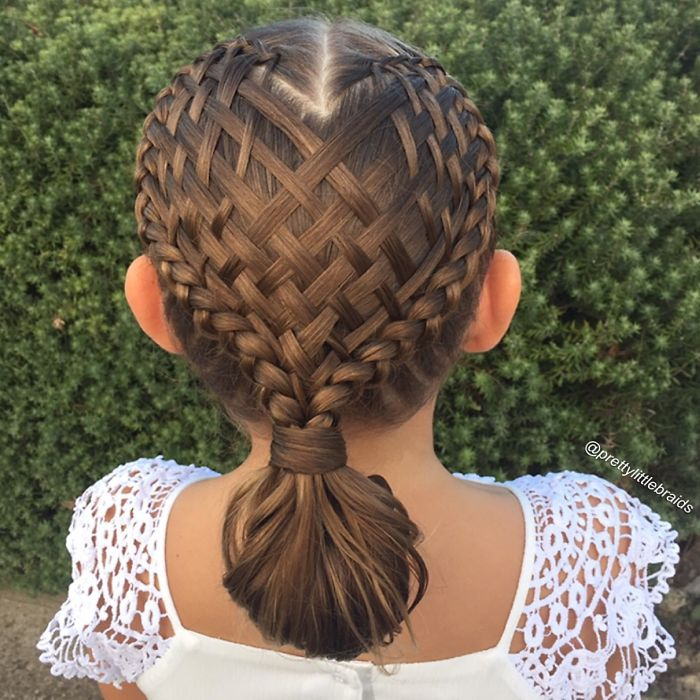 mom-braids-unbelievably-intricate-hairstyles-every-morning-before-school-3__700