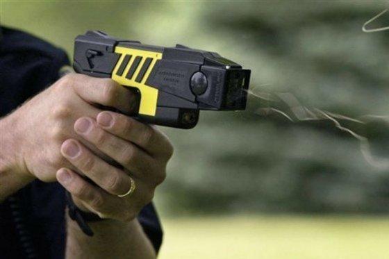 pistola taaser