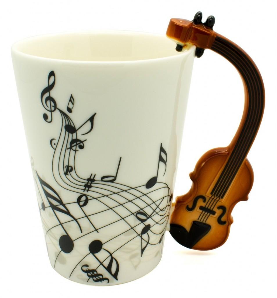 taza-con-mango-de-violin-y-notas-musicales-ondulantes-14888-MLM20090666919_052014-F-954x1024
