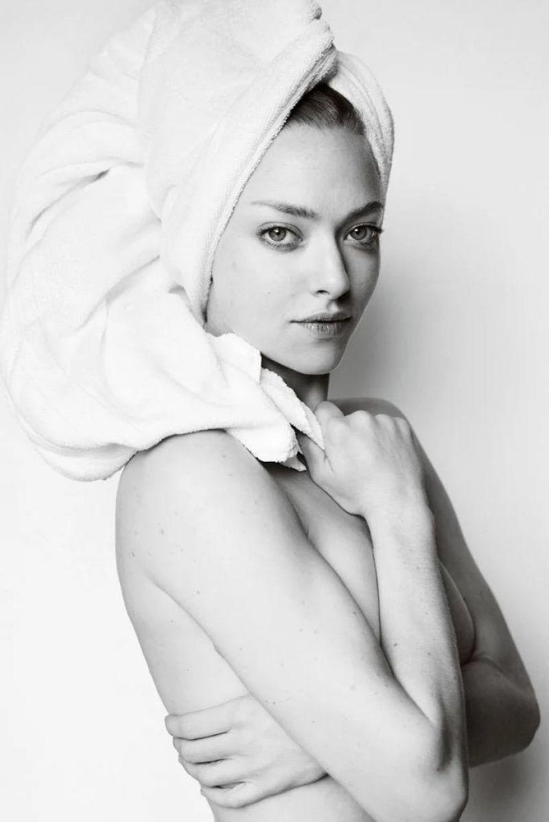 testino towel series Amanda Seyfried