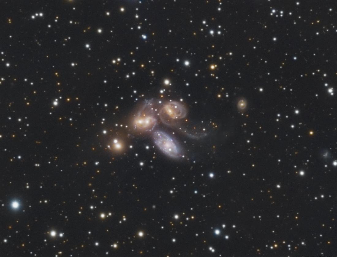 Galaxias 3