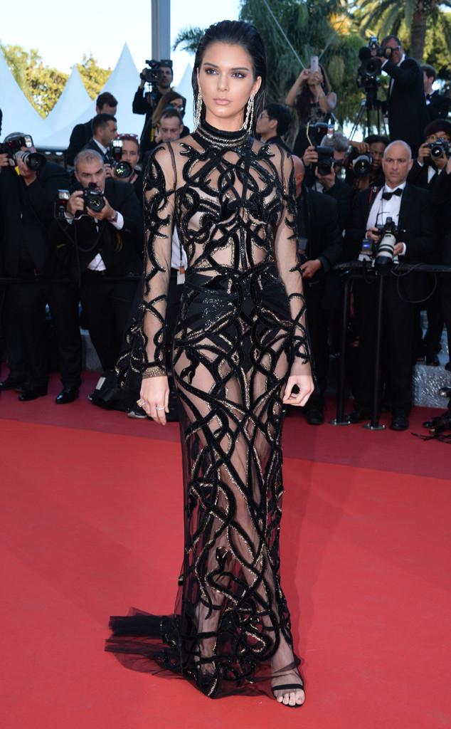 Kendal Jenner, espléndida en un vestido con transparencias