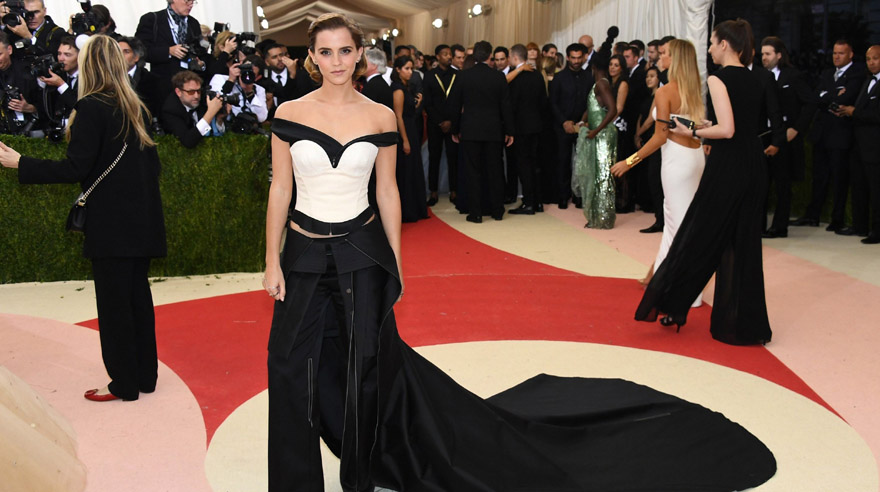 "NEW YORK, NY - MAY 02: Actress Emma Watson attends the ""Manus x Machina: Fashion In An Age Of Technology"" Costume Institute Gala at Metropolitan Museum of Art on May 2, 2016 in New York City.   Larry Busacca/Getty Images/AFP == FOR NEWSPAPERS, INTERNET, TELCOS & TELEVISION USE ONLY =="