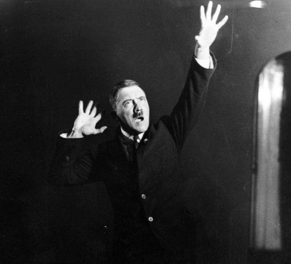 Hitler5