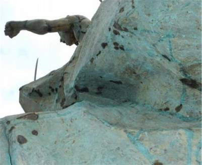Monumento-Juana-Azurduy-Fotos-Clarin_CLAIMA20160513_0134_17