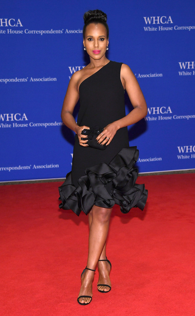 rs_634x1024-160430145511-634.Kerry-Washington-White-House-Correspondents-Dinner.tt.043016