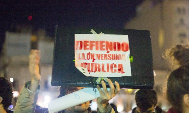 Intervención de estudiantes de la FADU en el Congreso. Crédito: Facebook - Ceading de los estudiantes
