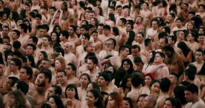 6 mil desnudos