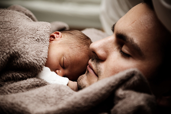 fathers-day-baby-photography-52-5763f752da5d6__700