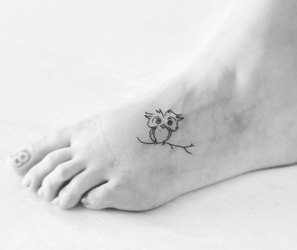 tiny-foot-tattoo-ideas-74-5751437c42bd4__605