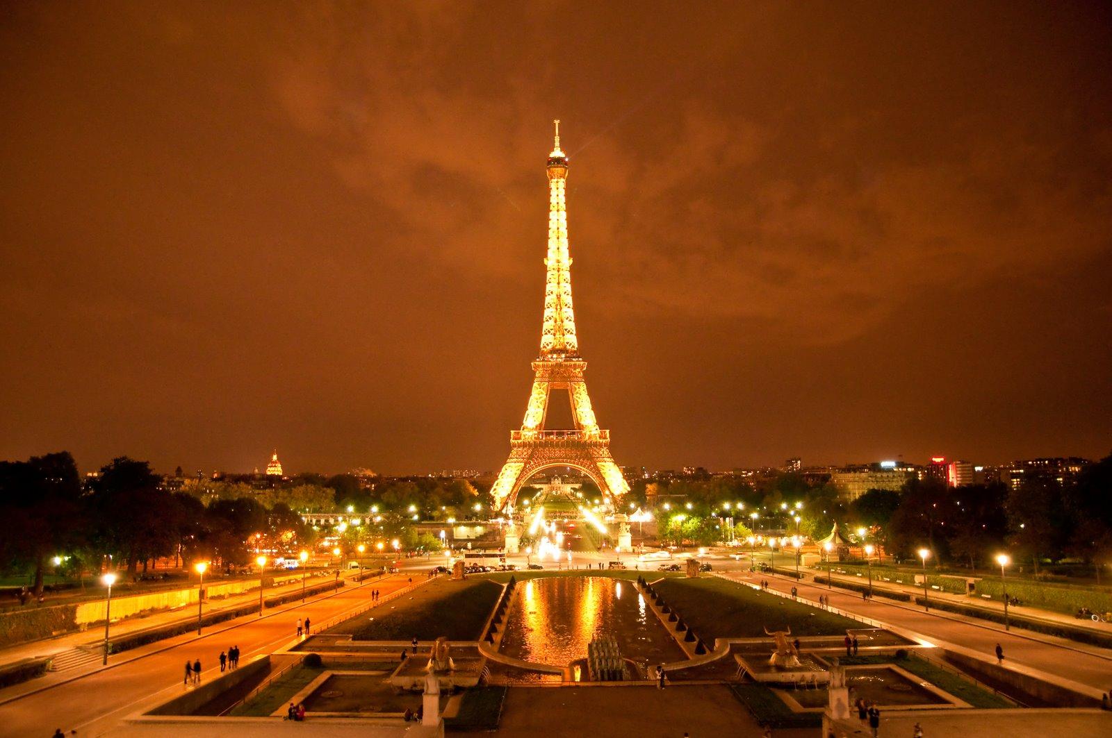 paris-16_eiffel