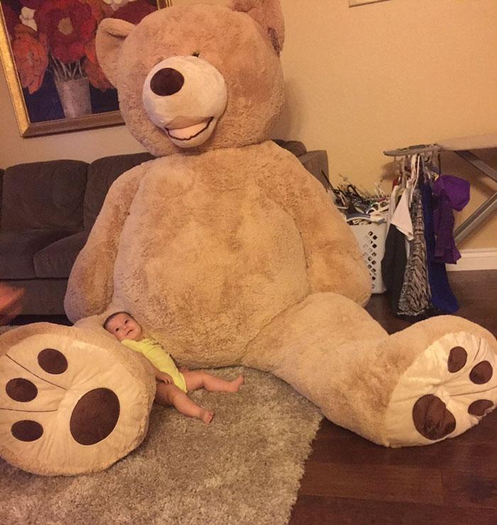abuelo-compra-oso-peluche-gigante-nieta-maddie-2