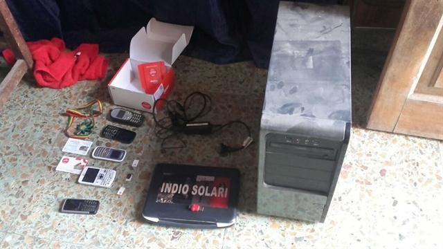 Se secuestraron teléfonos celulares, chips, computadoras y elementos de interés para la causa