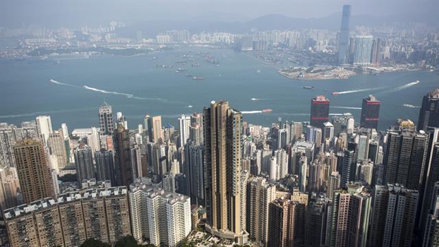 Hong Kong: febrero. Se pueden conseguir hoteles cuatro estrellas a US$ 125 la noche.