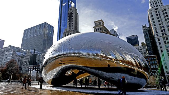 Chicago: abril. Los precios para la temporada primaveral en esta ciudad bajan hasta un 54 % en sus hoteles.