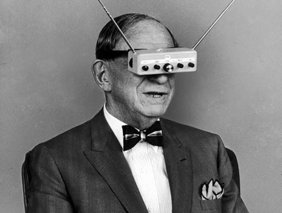 Las gafas de realidad aumentada podrían haber comenzado sus andanzas por la historia con estas gafas-televisión