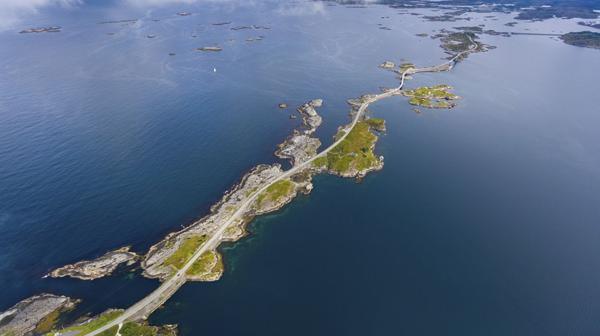 7) Atlanterhavsveien, Noruega