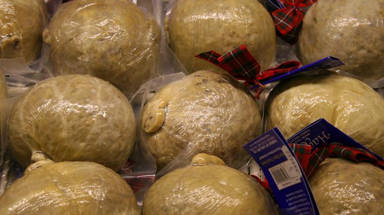 El 'haggis', un plato tradicional escocés consistente en asaduras cocinadas dentro de un estómago de cordero, es ilegal en EE.UU. desde 1971.