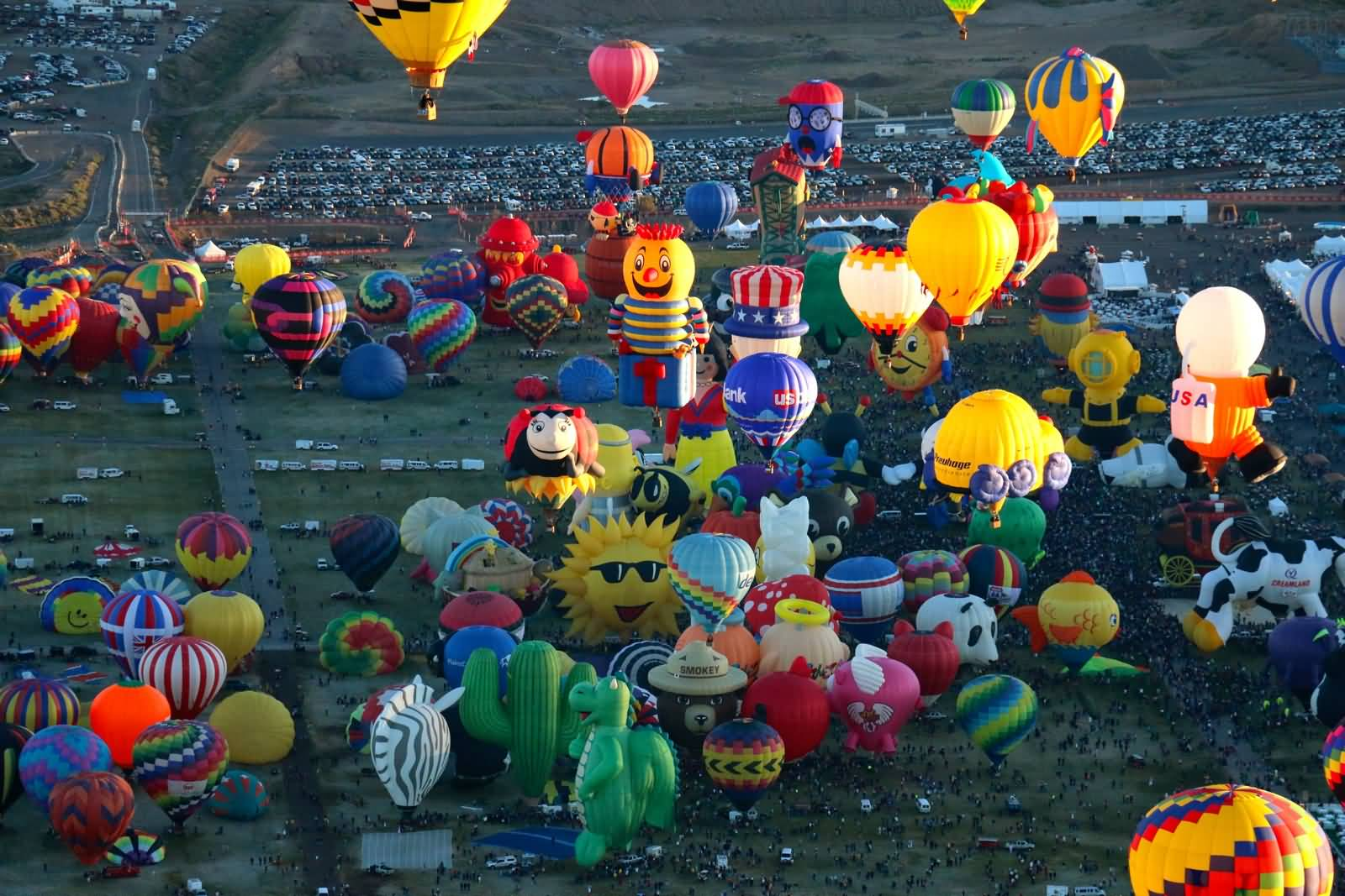 Aerial-View-Of-The-Balloons-At-Albuquerque-Balloon-Festival