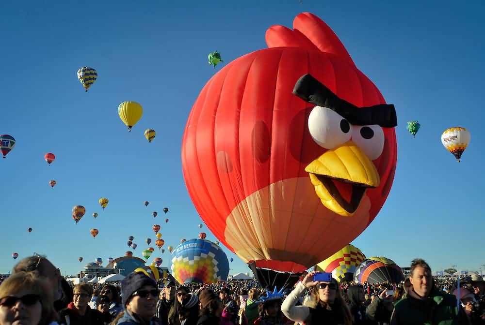 Angry-Bird-Air-Balloon-At-Albuquerque-Balloon-Festival