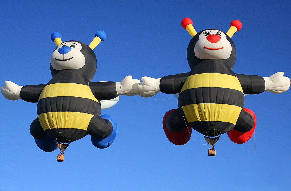Bumblebees-Air-Balloons-At-Albuquerque-Balloon-Festival