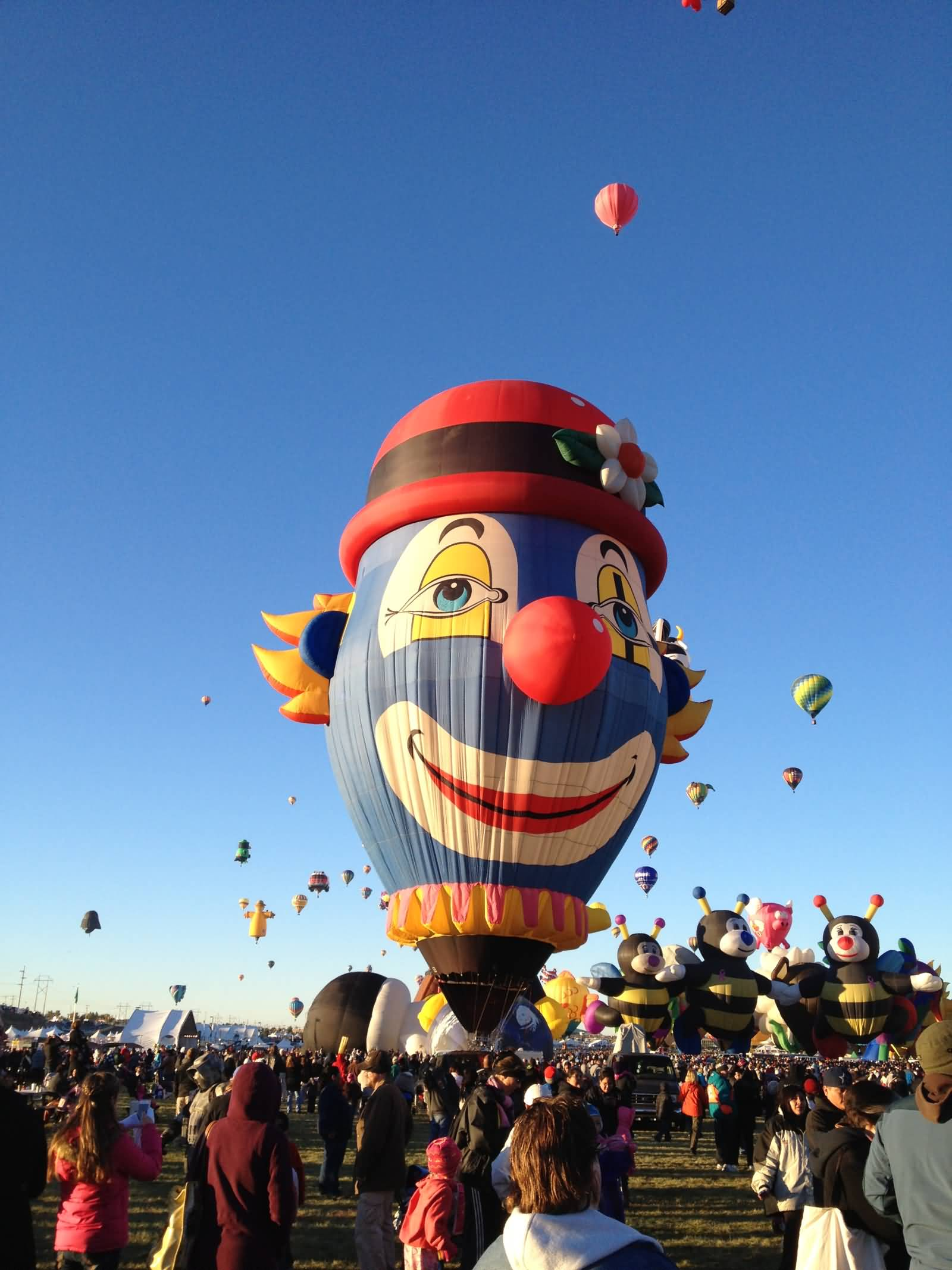 Clown-Face-Air-Balloon-During-Albuquerque-Balloon-Festival