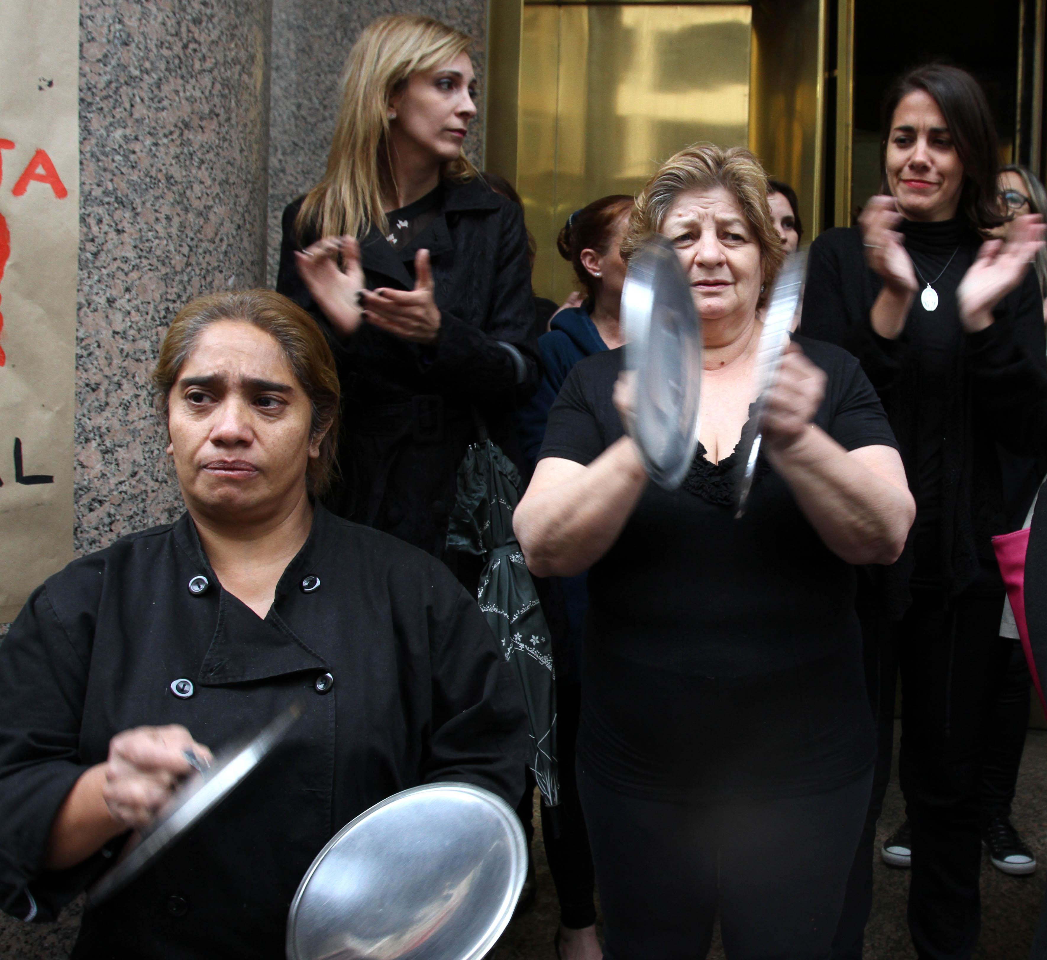 """DYN22, BUENOS AIRES 19/10/16, MUJERES PARA AL GRITO """"NI UNA MENOS"""" EN EL CENTRO PORTEÑO.FOTO:DYN/CARLOS GRECO."""