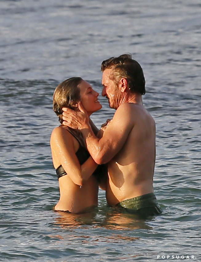 Sean-Penn-Kissing-Leila-George-Hawaii-Pictures-2016-1