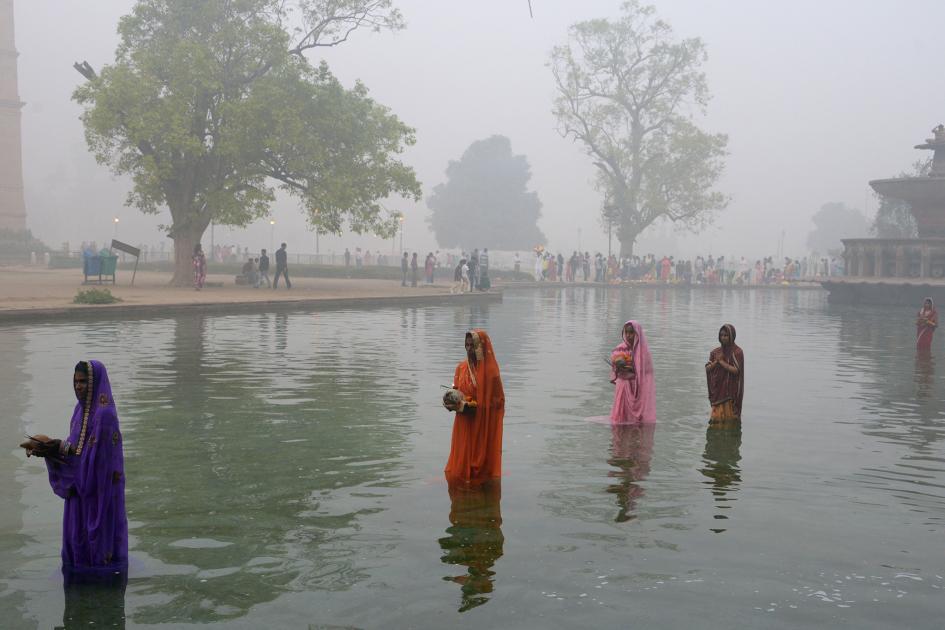 4-delhi-smog.ngsversion.1478714404530.adapt.945.1