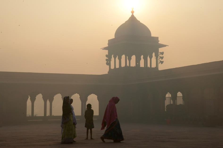 7-delhi-smog.ngsversion.1478714403689.adapt.945.1