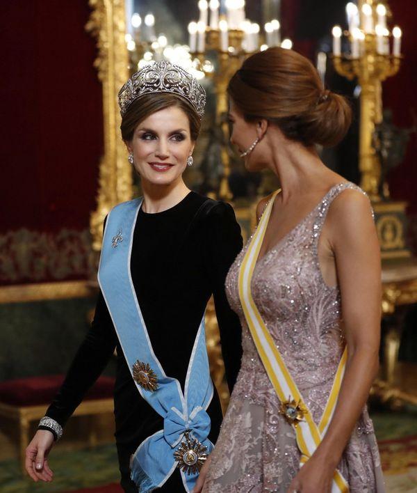 La reina Letizia y Juliana Awada destilaron glamour y estilo (EFE/Chema Moya)