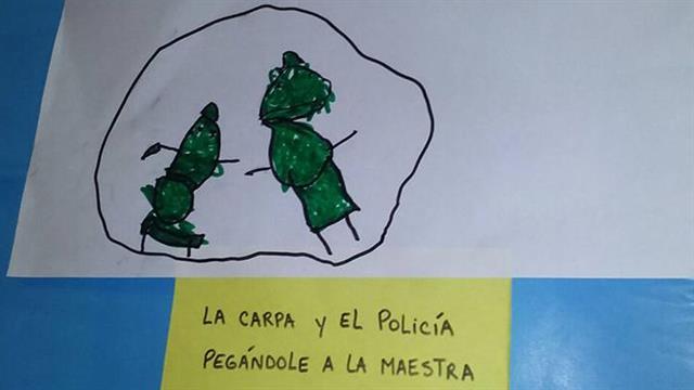 conflicto-docente-jardin-anteojito-policia-golpeando5