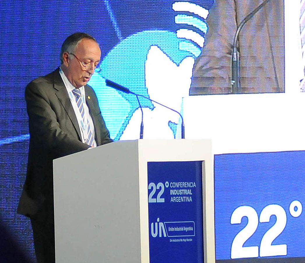 La junta directiva de la Unión Industrial Argentina (UIA), designó hoy al empresario Miguel Acevedo como nuevo presidente de la entidad