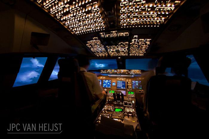 aerial-photos-boeing-747-plane-cockpit-jpc-van-heijst-29-592c0f054435b__700