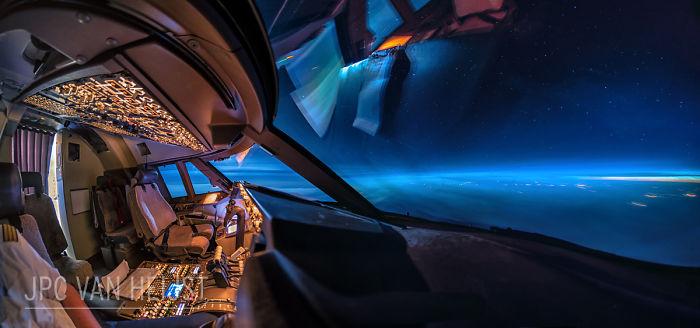 aerial-photos-boeing-747-plane-cockpit-jpc-van-heijst-31-592c0f08c3554__700