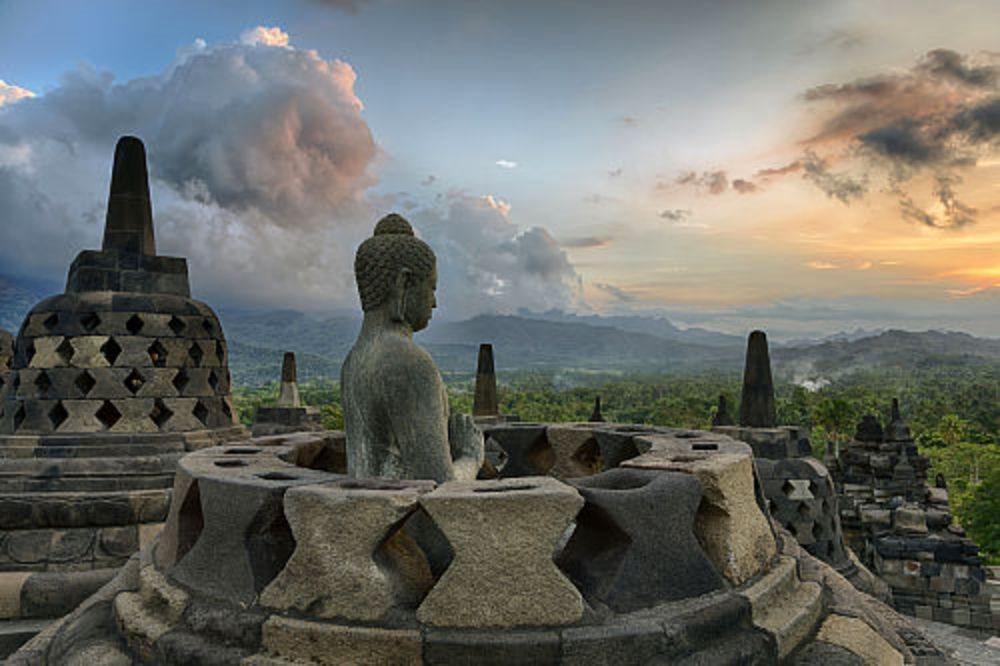 borobudur_indonesia_1000x666