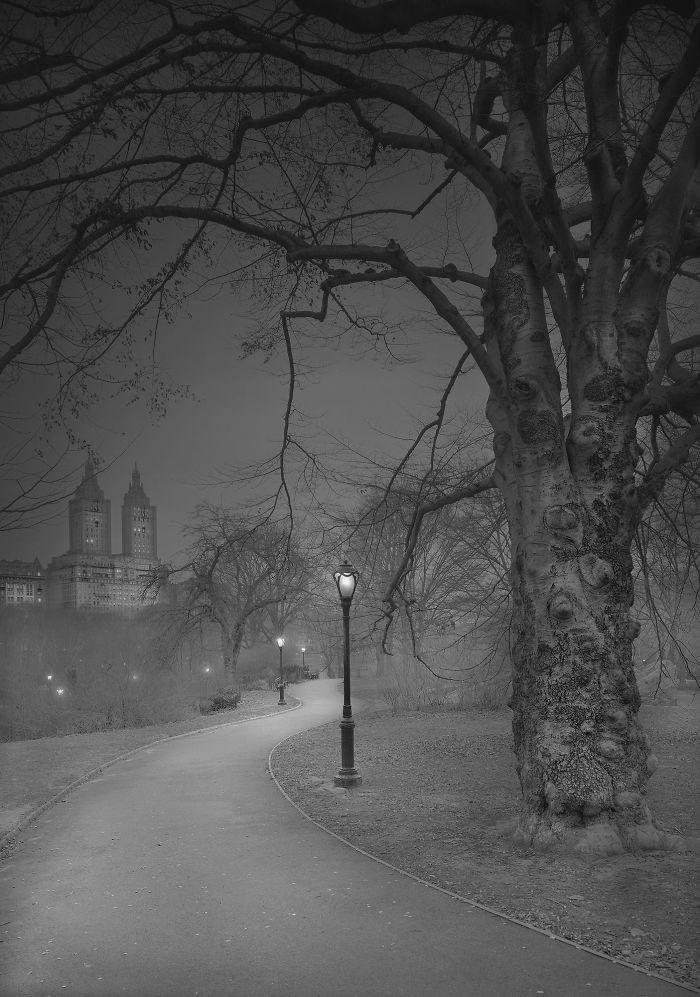 haunting-images-new-york-city-michael-massaia-17-5923df8003e25__700