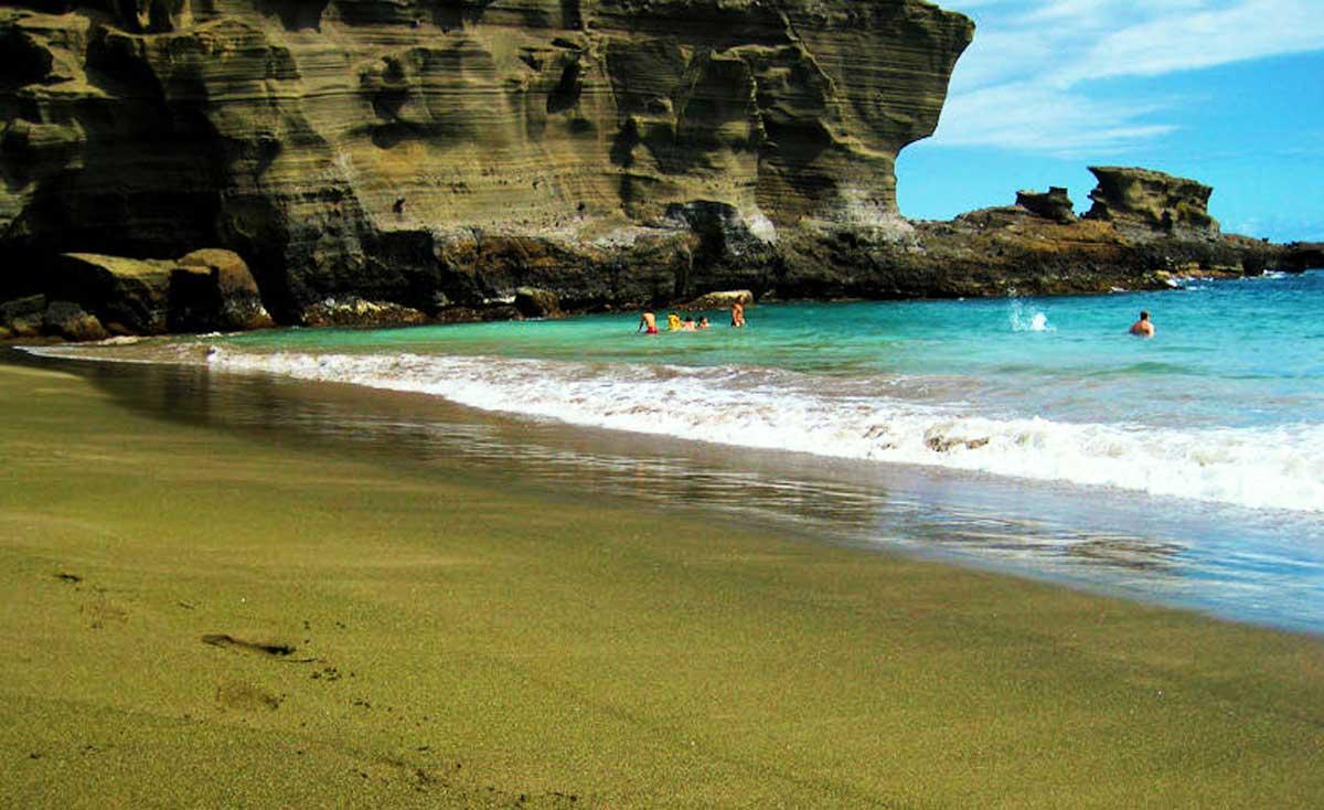 Papakolea, la playa con arena verde