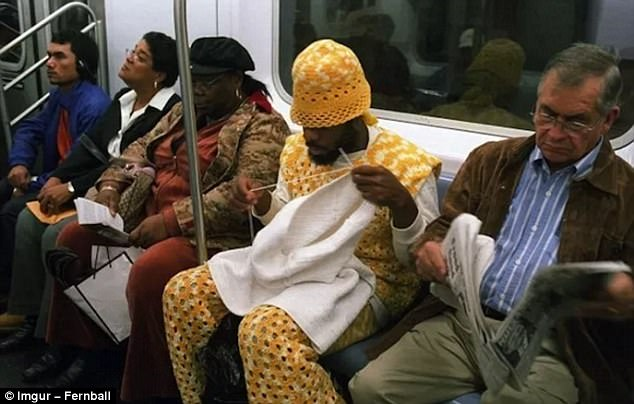 413D360900000578-0-Just_a_guy_knitting_on_the_subway_i_imgur_com_submitted_6_years_-a-185_1496936239886