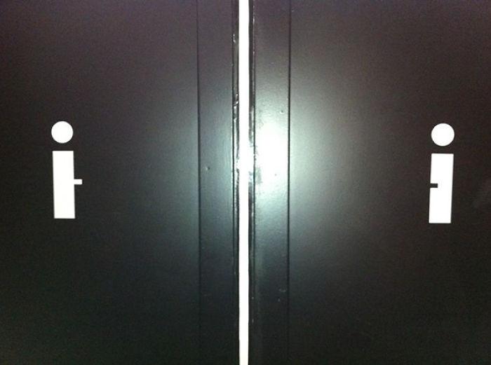 funny-bathroom-signs-33__700