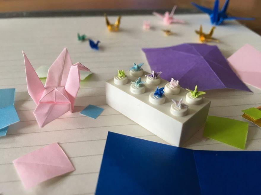 I-make-tiny-origami-cranes-594cbfa6a4aa6__880