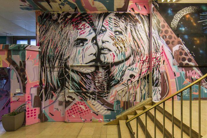 100-graffiti-artists-university-painting-rehab2-paris-11-596dae8dbc1c5__700